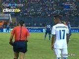 La hermosa árbitro que cautivó en el Honduras vs Guatemala