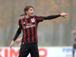 Así juega Manuel Locatelli, la nueva estrella del AC Milán