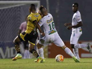 Domingo Salazar falla penal contra Platense