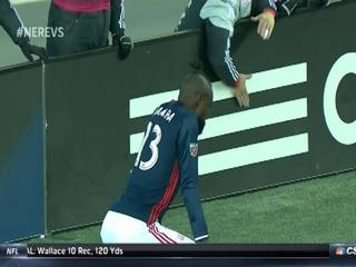 Amonesta a jugador por celebrar su gol haciendo twerking en la MLS