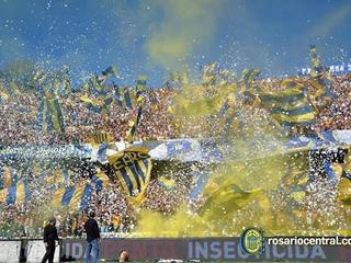 El espectacular recibimiento de la afición Rosarina a su equipo en Argentina