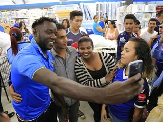 Wilmer Crisanto le tira duro al Olimpia: