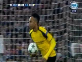 Aubameyang anota el 1 - 2 del Borussia Dortmund ante el Real Madrid