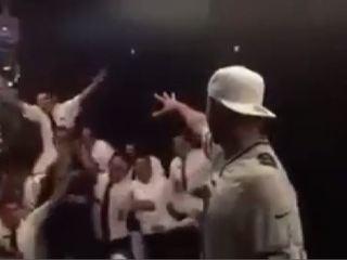 #Viral André Gignac y su loca actuación en un restaurante