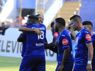 Santiago Vergara anota el 3 - 0 a Motagua ante Honduras Progreso
