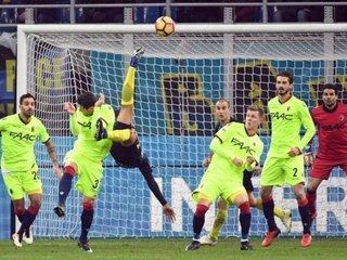El colombiano Jeison Murillo anotó un golazo de chilena en triunfo del Inter