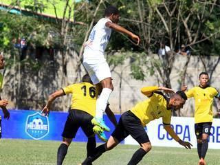 Bayron Méndez marca golazo y pone el 5-0 frente al San Rafael