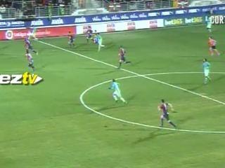 Minuto 90+1: ¡GOOOL DEL BARCELONA! Neymar hace el cuarto gol del ecuentro y el Barcelona ya aplasta 4-0 al Eibar.