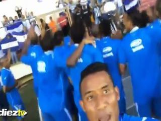 El video del festejo de Luis Garrido en las redes sociales tras levantar la Copa Centroamericana