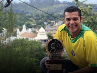 ¡Carlos Paes de Oliveira regresa al fútbol, nueve años después!