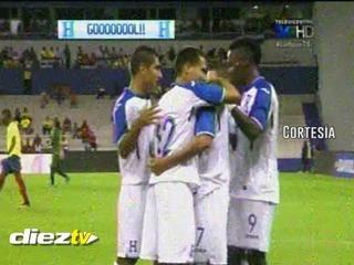Erick Andino marca y tiene ganando a Honduras contra Ecuador