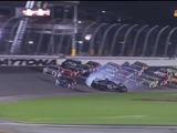 Impactante accidente de autos en carrera de Nascar