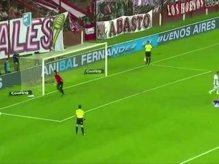 Heróico ataja tres penales y da clasificación a su equipo