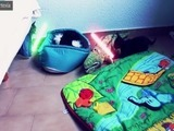 La batalla entre dos gatitos Jedi