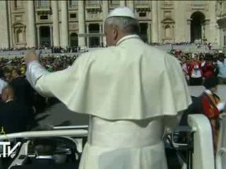 Papa pide rezar por las víctimas del terremoto en Italia