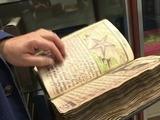 Editorial española reproduce el libro más misterioso del mundo