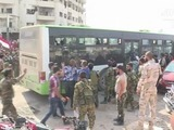 Rebeldes y sus familias evacuan la ciudad siria de Dayara