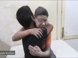 Siria: llanto de dos niños retrata la brutalidad de la guerra