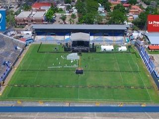 Alistan el estadio Morazán para el concierto de Maluma en SPS