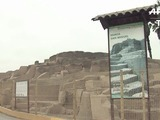 Cementerio prehispánico de perros y humanos bajo zoo en Perú