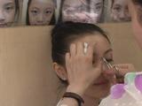 Moldear las cejas para cambiar la suerte, una tradición china