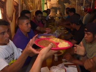 Los riesgos de los migrantes ilegales en la frontera México-EEUU