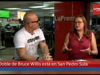 Conozca al doble de Bruce Willis que visita San Pedro Sula