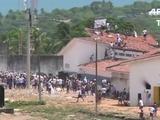 Policía dispara balas de goma contra presos en Brasil