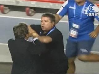 Bolillo Gómez y Pinto estuvieron a punto de irse a los golpes