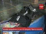 Alcalde sampedrano entrega 1,000 kits para campaña de útiles escolares