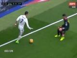 El tremendo caño de Cristiano Ronaldo a un jugador del Espanyol