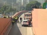Detenido a tiros el conductor de un camión con butano robado en Barcelona