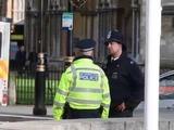 Un muerto y un policía herido en un ataque terrorista al Parlamento británico