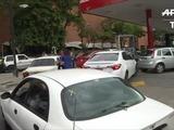 Escasez de combustible en Venezuela satura gasolineras