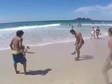 Asombroso: Perro juega al fútbol como todo un profesional