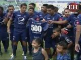 Junior Izaguirre es homenajeado tras cumplir 500 partidos en LINA