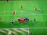 Xabi Alonso abre el marcador para los alemanes en el Allianz Arena