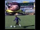 Nuestro video viral de hoy :  Lionel Messi le gana a un robot en competencia