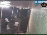 Hombre dispara a varias personas con un rifle de asalto en un bar de Miami