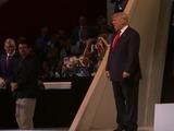 Un Trump triunfal promete a Estados Unidos orden y seguridad