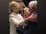 Hillary Clinton se mostró encantada con visita de Vicente Fernández