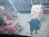 El duro final de un joven que se metió a robar a la tienda equivocada