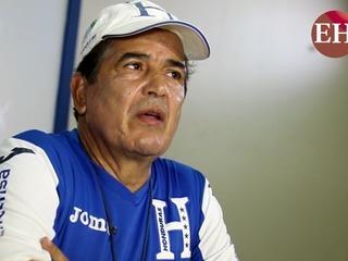 Entrenador Jorge Luis Pinto en conferencia de prensa hoy