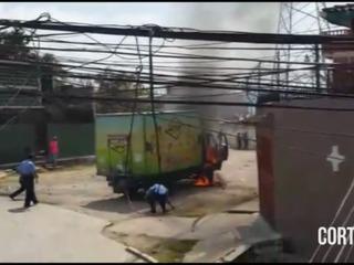 Queman otro camión repartidor de lácteos en la capital de Honduras