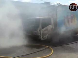 Queman otro camión repartidor en la capital de Honduras