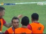 Kendall Waston marca el gol del empate de Costa Rica ante Honduras