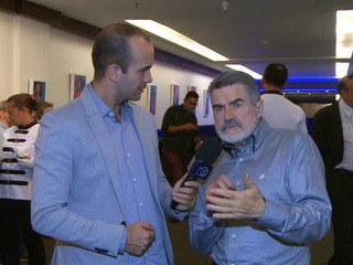 Frisson invade a vernissage do artista plástico Adélio Sarro